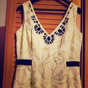 Lilly Pulitzer V-neck shift dress NWOT white gold